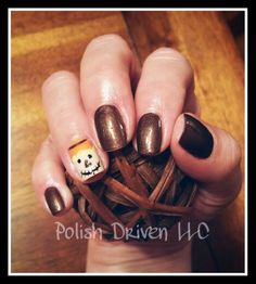 Scarecrow nails for Fall!