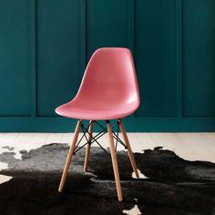Interiors update: Pink sofas & chairs | sheerluxe.com
