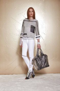 DANIELA DALLAVALLE - Lookbook #collection # PE17 #woman #danieladallavalle - #Collection #DALLAVALLE #DANIELA #danieladallavalle #Lookbook #PE17 #woman Elle Fashion, Sport Fashion, Urban Fashion, Womens Fashion, Sport Style, Sport Chic, Elisa Cavaletti, Sneakers Fashion Outfits, Sneakers Mode