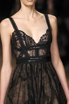 I love the lace and detailing! So pretty!!
