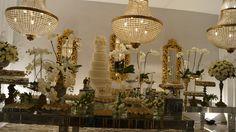 Casamento no Contemporaneo Park. Decoração Eliana Brandão Dourado em destaque.