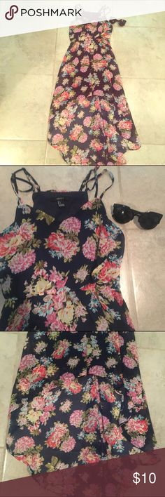 Forever 21 High Low Dress💕❤️ NWOT!! Super cute with wedges if you ask me. Forever 21 Dresses High Low