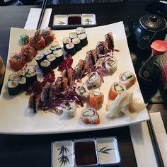 Sushi in Dresden. 🍱 #Mi.Ka.Do  http://maisonjaloves.blogspot.de/2017/09/food-guide-in-dresden-sushi.html?m=1