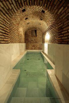 : Pablo Echávarri – Decor is art Indoor Swimming Pools, Swimming Pool Designs, Casa Retro, Spa Design, Beautiful Pools, Dream Pools, Home Spa, Cool Pools, Future House