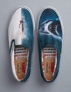 These Jaws inspired shoes are Sperry's gift to us for beach season shoes for him Sperry launches 'Jaws' themed footwear, just in time for beach season Shark Shoes, Boat Shoes, Shark Hat, Custom Vans Shoes, Tenis Vans, Hand Painted Shoes, Shoe Art, Organizer, New Shoes