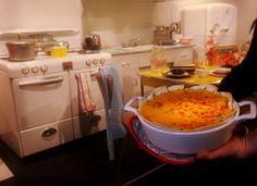 Retro exhibition stirs appetite for retro recipes