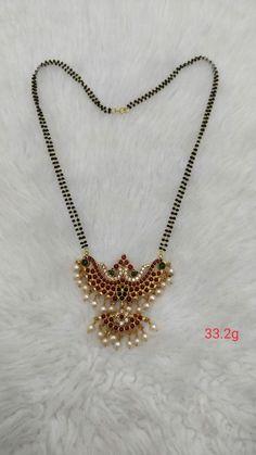 Diamond Jewelry, Gold Jewelry, Beaded Jewelry, Jewelery, Jewelry Necklaces, Gold Mangalsutra Designs, Gold Jewellery Design, Antique Jewellery, Gold Pendant