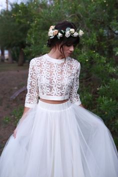 Crop tops have become a hot fashion trend not only for usual clothes. Crop top wedding dresses is one of the hottest trends now. You are able to mix and match bridal skirts with bridal tops to outf… Wedding Dress Separates, Two Piece Wedding Dress, Bridal Separates, Wedding Crop Top, Long Sleeve Wedding, Unusual Wedding Dresses, Top Wedding Dresses, Bridal Tops, Crop Top Dress