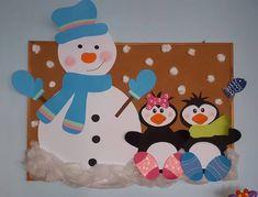 Идеи зимних новогодних панно Paper Airplane Game, Wood Burning Kits, School Decorations, Art Wall Kids, Sunday School, Bulletin Boards, Christmas Crafts, Diy And Crafts, Kids Rugs