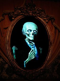 Master Gracey portrait at the haunted mansion