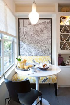 Contemporary Kitchen by TAS Construction Breakfast nook Small Dining, Small Space Living, Small Spaces, Modern Spaces, Round Dining, Kitchen Nook, Eat In Kitchen, Kitchen Seating, Banquette Seating