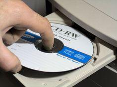 ДИСКОВОД CD-ROM.