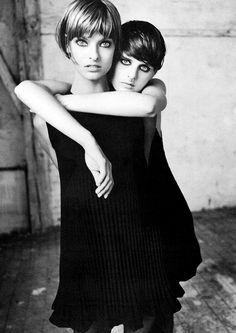 Linda Evangelista & Stella Tennant by Steven Meisel. Versace Atelier Fall/Winter 1993.