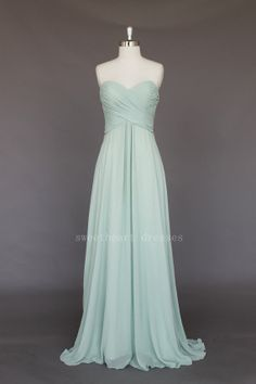 A-line Sweetheart prom dress - Chiffon Prom Dress- Lace-up or Zipper prom dress - Bridesmaid Dresses - Prom Dresses - Long Chiffon Dresses Green Bridesmaid Dresses, Prom Dresses, Wedding Dresses, Dress Prom, Dress Long, Dress Formal, Gown Wedding, Graduation Dresses, Bridesmaids