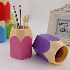 New Stick On Desktop Pen Holder Makeup Storage Pot Case Plastic Desk Organizer Stationery Holder Pencil Vase #63 Desk Accessories & Organizer