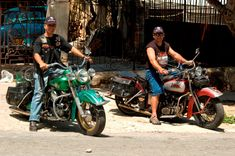 #HarleyDavidson #Motorcycles in #Cuba – If you're into #classic #vintage Harleys, #Cuba has something in store for you. Every Saturday evening the Harley Club of #Havana or, as they call themselves, Harlistas #Cubanos, meet at the La Piragua intersection
