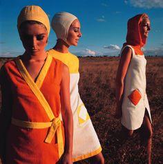 "Fashion of the 1960s  ""Op Art-Fashion at the beach"", Micky, Karin and Ann  F.C. Gundlach  Kenya 1966http://www.fcgundlach.de/en/45/home.html"