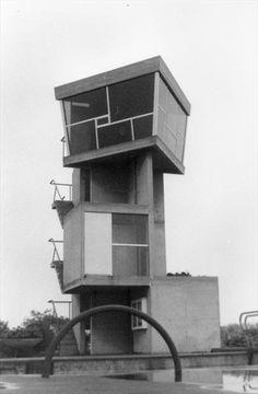 Le Corbusier - Bâtiments de l'écluse, Kembs-Niffer, France, 1960