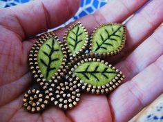 Felt and zipper leaf brooch