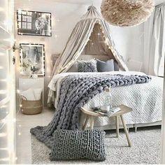 Cute bedroom ideas cute room ideas for a small room cute room ideas Cute Bedroom Decor, Bedroom Decor For Teen Girls, Teen Girl Rooms, Teen Room Decor, Teen Bedroom, Bedroom Ideas, Cute Room Ideas, Kids Bedroom Designs, Bedroom Vintage