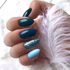 Beautiful Blue Nails Ideas For Your Appearance 23 - If you have rejected the notion of wearing blue nail polish in the past, it's time to reassess your position. Although blue nails were once associated. Winter Nails 2019, Winter Nail Art, Winter Art, Dark Winter, Winter Nail Colors, Nail Ideas For Winter, Winter Acrylic Nails, Teal Acrylic Nails, Winter Green