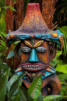 peaceful eye | magic-bazaar: Walt Disney's Enchanted Tiki Room,...