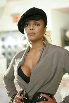 Janet Jackson in Grey Michael Jackson, Jo Jackson, Paris Jackson, Jackson Family, Beautiful Black Women, Beautiful People, Janet Jackson Unbreakable, Divas, Vintage Black Glamour