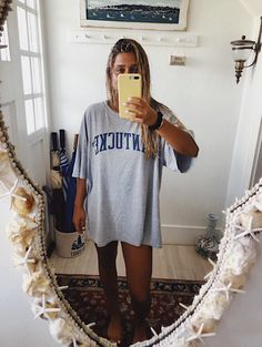 Casual school outfits, outfits for teens, trendy outfits, summer outfits,. Lazy Outfits, Casual School Outfits, Outfits For Teens, Trendy Outfits, Summer Outfits, Cute Outfits, Fashion Outfits, Fashion Blogs, Summer Clothes