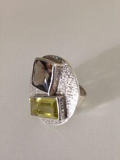 Anel prata 950 com citrino e cristal fumê