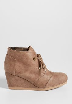Darby distressed faux leather wedge
