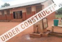 Oumako, Benin - Visita il sito jointhepipe.org e leggi l'articolo completo su http://www.sceltaetica.it/join-the-pipe-il-social-network-che-connette-chi-beve-acqua-di-rubinetto/