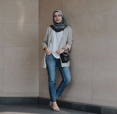27 Super Ideas For Moda Chic Casual Cardigans Simple Hijab, Casual Hijab Outfit, Ootd Hijab, Hijab Chic, Casual Outfits, Fashion Outfits, Fashion Pants, Fashion Fashion, Winter Fashion