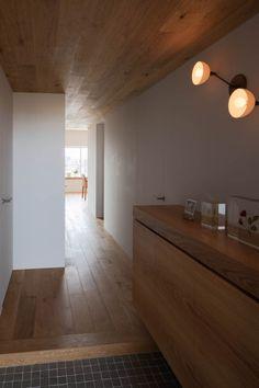 Apartment interior in Machiya by Yumiko Miki Architects
