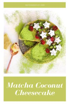 That green is everything! Matcha Tea Powder, Traditional Bowls, Matcha Cake, Green Kale, Coconut Cheesecake, Organic Matcha, Healthy Drinks, Stuffed Peppers, Bakken