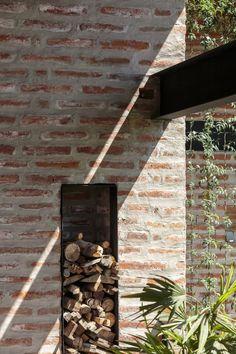Casa La 1⁄2 Agua / María de los Ángeles Espinosa