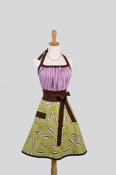 Cute Kitsch Apron  Modern Design in Green and by CreativeChics, $33.00