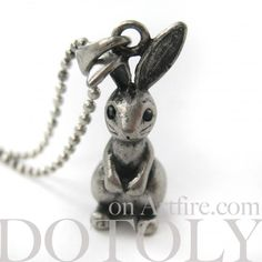 NEW! $12.50 3D Rabbit Bunny Necklace in Silver