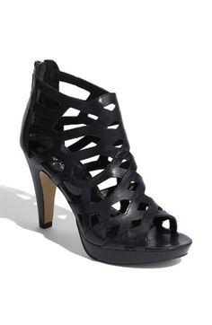great simple summer heel