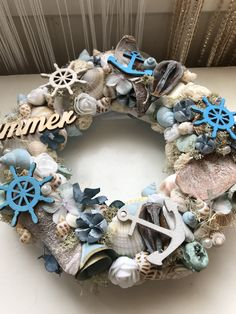 Sea Crafts, Diy And Crafts, Pine Cone Art, Seashell Projects, Seashell Wreath, Wood Wreath, Beach Gifts, Wine Bottle Crafts, Summer Crafts