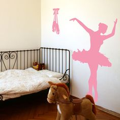 Ballerina Dancer Ballet - Toe Shoes - Vinyl Wall Decals- Kins wants to do her new room in ballerina theme