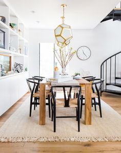 Modern dining room with wishbone dining chairs