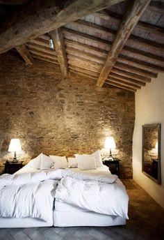 Beautiful bedroom, so rustic.