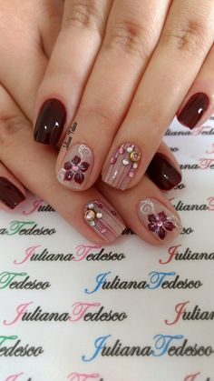 Only for the flowers. Fall Nail Art Designs, Beautiful Nail Designs, Beautiful Nail Art, Feather Nail Art, Maroon Nails, Manicure E Pedicure, Cute Nail Art, Perfect Nails, Holiday Nails