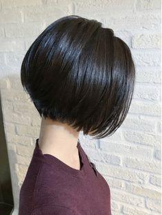 Pin on hair Tomboy Hairstyles, Thin Hair Haircuts, Short Bob Haircuts, Girl Haircuts, Hairstyles Haircuts, Chin Length Hair, Shoulder Length Hair, Short Hair With Layers, Short Hair Cuts