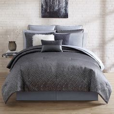 NIkki Chu Alyn Comforter Set