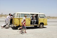 Little Miss Sunshine - a dysfunctional family, a corpse and a beauty contest!