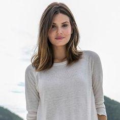 Cabelo médio: veja dicas para adotar o corte em camadas de Camila Queiroz - 01/08/2017 - UOL Estilo de vida
