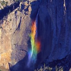 This is beautiful: Rainbow Waterfall at Yosemite National Park 🌈💦 .,Funny, Funny Categories Fuunyy This is beautiful: Rainbow Waterfall at Yosemite National Park 🌈💦 (Não é para tu escreveres, mas é tã. Beautiful Waterfalls, Beautiful Landscapes, Beautiful World, Beautiful Places, Beautiful Day, Rainbow Waterfall, Rainbow Falls, Rainbow Park, Vacation Places