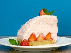 Video and Recipe: Mole Strawberry Cheesecake, a Strawberry Cheesecake, Just Cooking, Cooking Videos, Easy Cake Recipes, Starbucks Coffee, Mole, Cheesecakes, Fondant, Cravings
