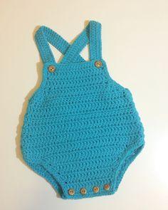 Peto talla 1-3 meses #mantas #crochet #hechoamano #handmade #miabuelangelita…